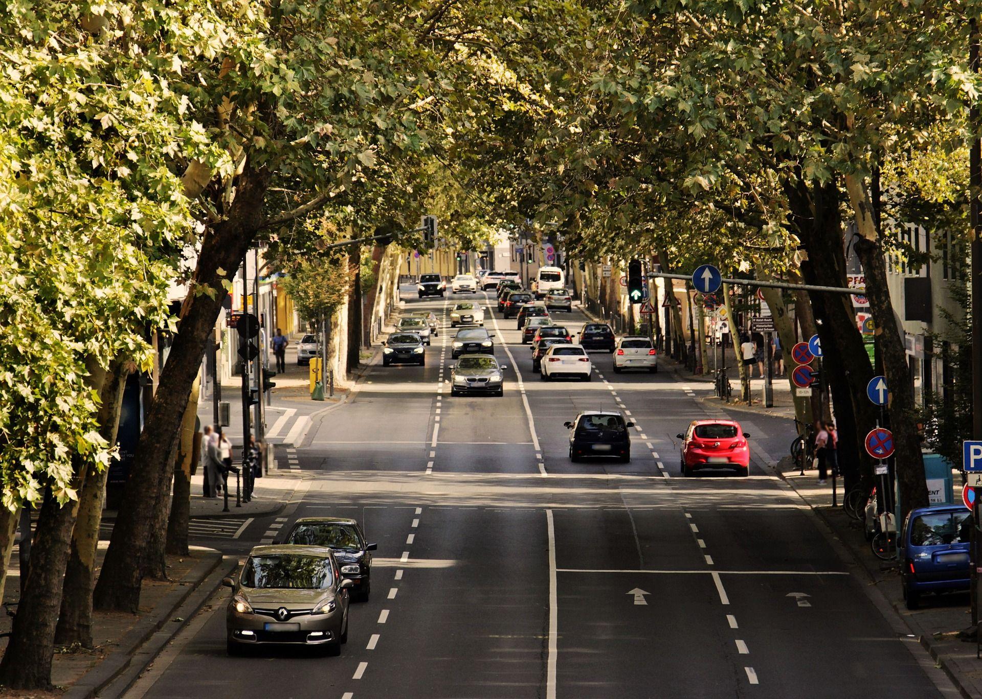 Ulica z pieszymi